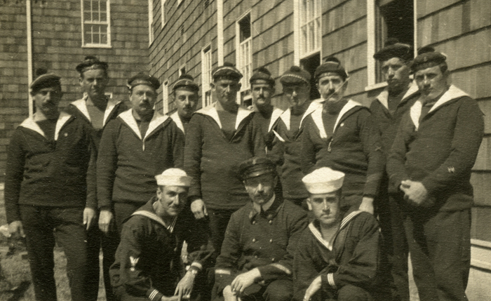 New London, French sailors