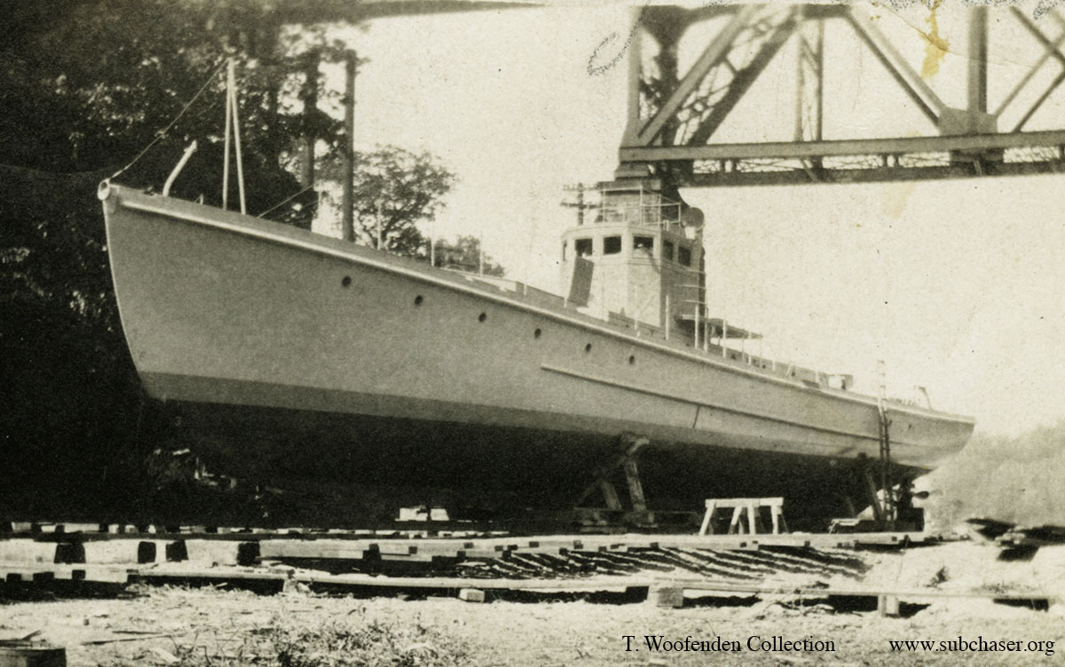 Chaser at Rocky River Dry Dock. T. Woofenden Collection.