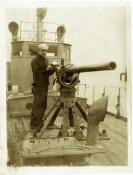 Ferdinand Gaston Adam with deck gun, SC 227
