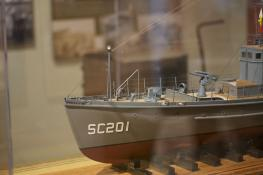 SC 201 model, Lyceum: Bow, port side