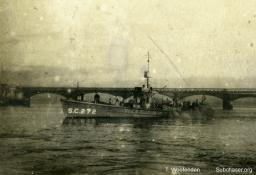 Photograph of submarine chaser SC 272. T. Woofenden Collection.