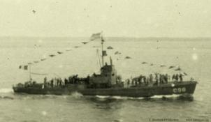Submarine chaser C 98. T. Woofenden Collection.