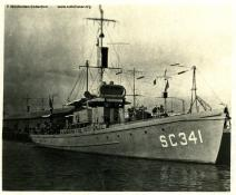 Submarine chaser SC 341 - T. Woofenden Collection