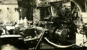 Auxiliary engine. T. Woofenden Collection.